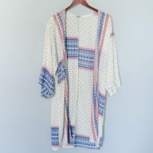 Charlotte Russe cream Bohemian kimono Duster